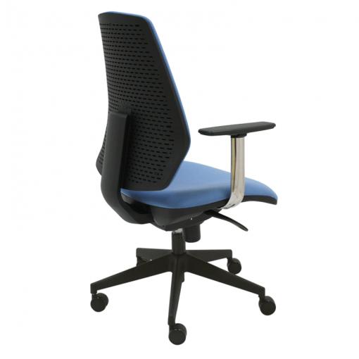 silla-giratoria-hexa-tapizada-en-azul-base-negra-grande-con-brazos