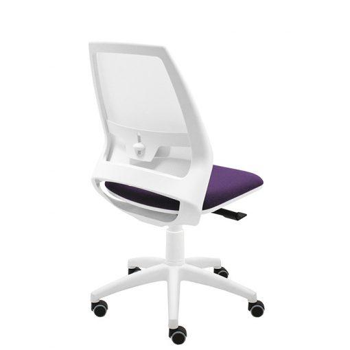 silla-giratoria-de-oficina-4u-malla-blanca-asiento-morado-con-brazos-regulables