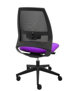 silla-giratoria-oficina-4U-malla-negra-asiento-morado