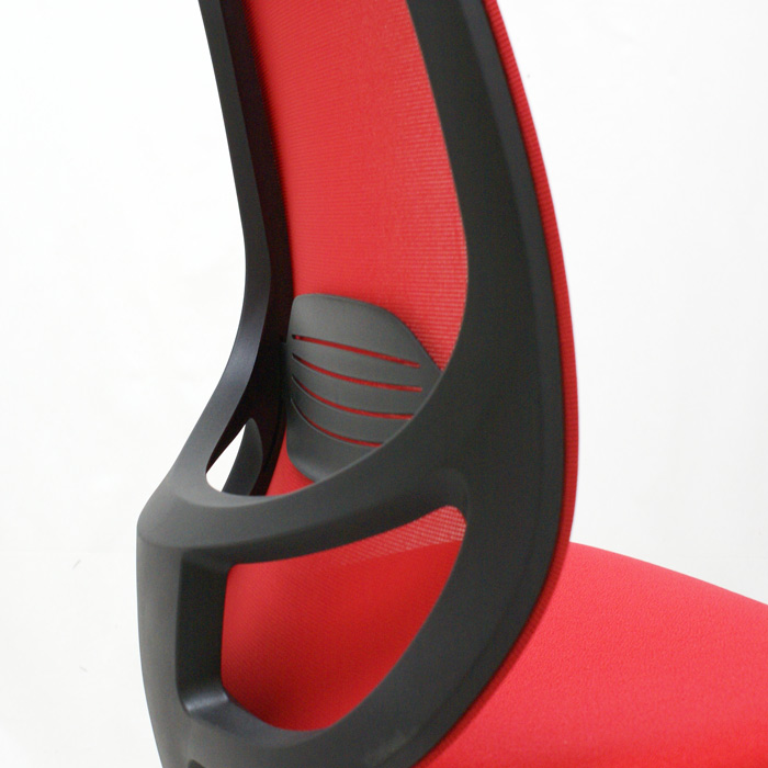 Cómo reparar una silla de oficina